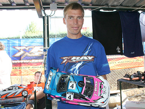 Leino holds overnight TQ position