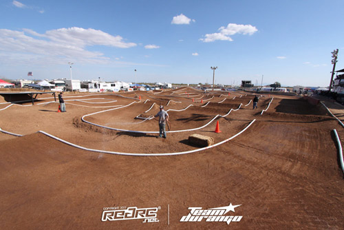Qualifying underway at 'The Dirt'